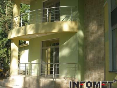 балконски алуминиев парапет с 4 струни Ф16
